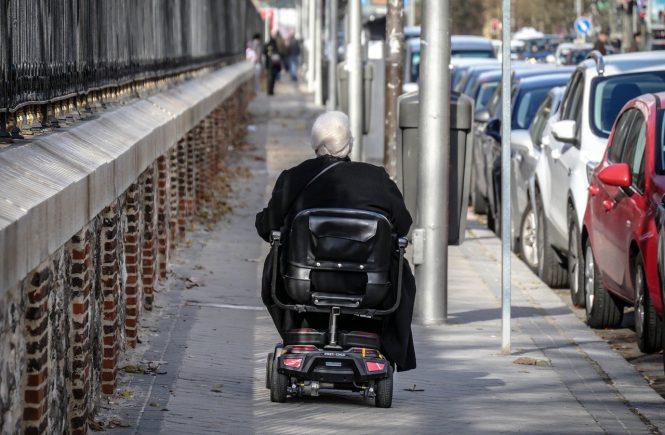 Scooter elettrico per anziani: come muoversi in città