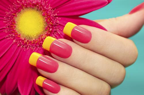 SOS mani perfette. Il kit di ricostruzione unghie